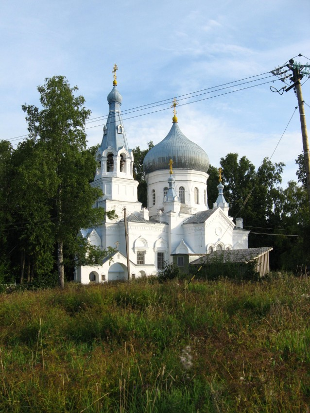 Church of Great Martyr George, Lozhgolovo, Russia