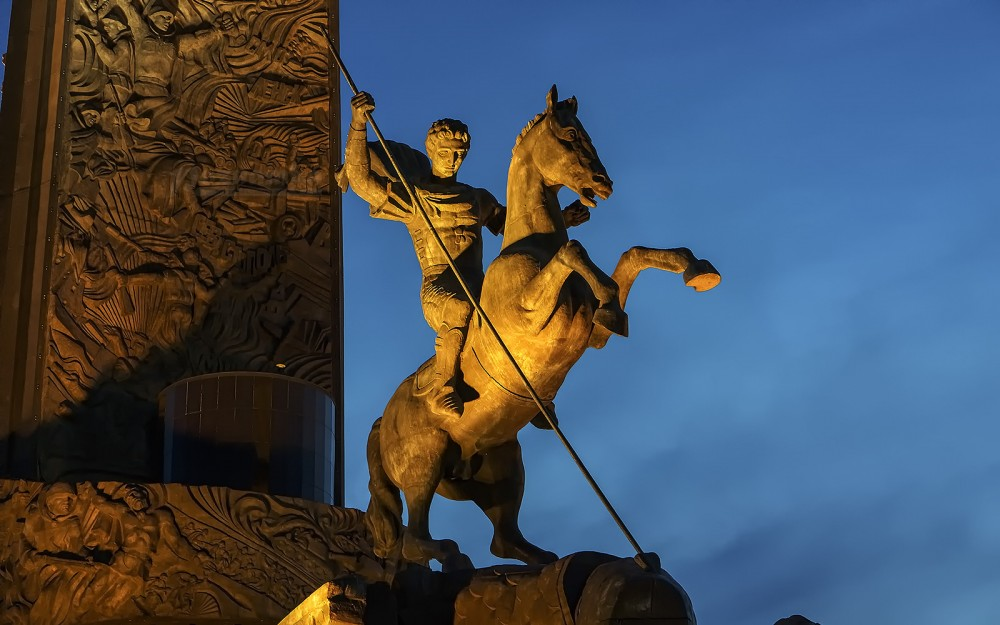 Statue of Great Martyr George, Moscow