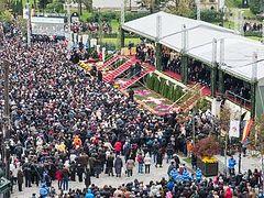15,000 believers present at Divine Liturgy on the Feast of Saint Paraskeva of Iași