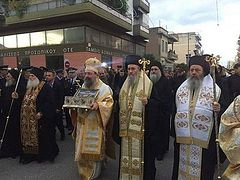 Thousands of Greeks venerate Belt of the Theotokos (+ Photo, Video)