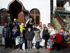 Russian Church gives $215,000 for maternity humanitarian centers