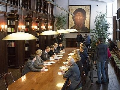 В рамках Рождественских чтений прошел круглый стол «Февральская революция: причины и уроки»