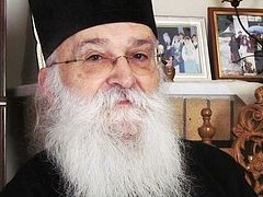 Greek hierarchs' protest grows against anti-Christian sex education