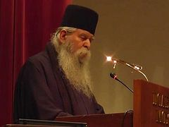Greek abbot calls upon Holy Synod to condemn heresies of Ecumenical Patriarch