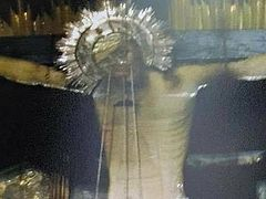 Miracle with crucifix occurs at Golgotha in Church of Holy Sepulchre