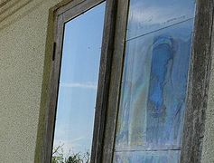 Abkhazian house becomes place of pilgrimage after supposed face of Mother of God appears in window