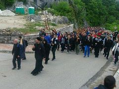 Thousands join pilgrimage procession in Montenegro to celebrate St. Basil of Ostrog