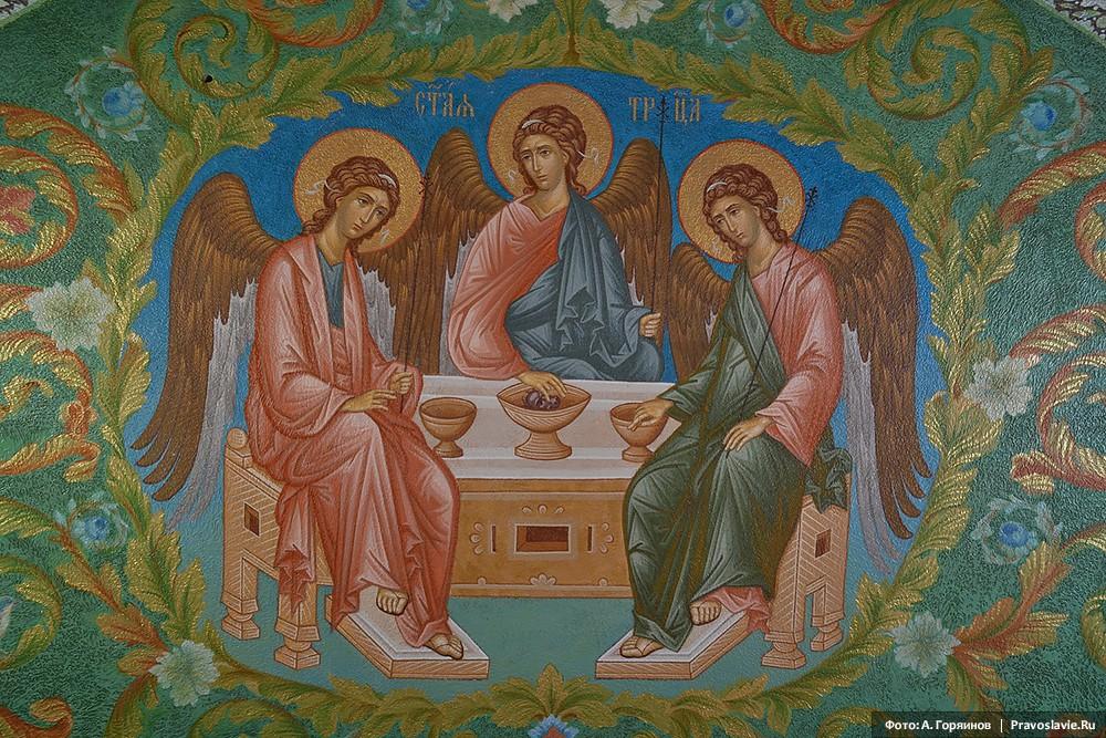 Святая Троица. Роспись нижнего храма