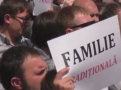 Believers break up LGBT march in Moldova