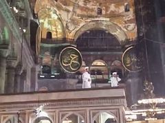 Turkey again provokes internat'l community with reading of Koran in Agia Sophia on television