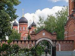Монастырь Крестовоздвиженский: легко не будет