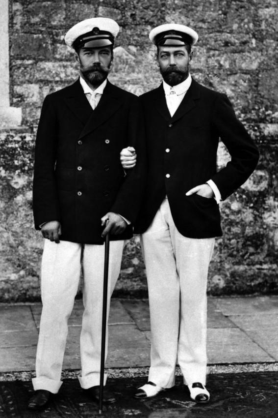 Николай II и его двоюродный брат, принц Уэльский, будущий король Георг V. 1909 г.