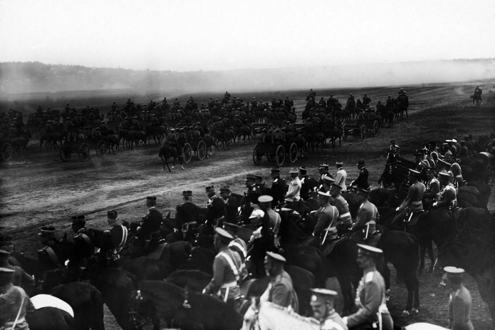 Военный парад в честь президента Франции Пуанкаре, 1914 г.