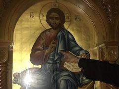 Icon of Christ streaming myrrh near Chicago