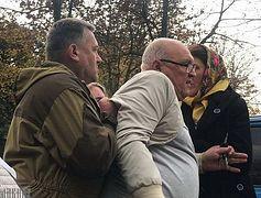 Faithful in Kolomiya, Ukraine pray outside church despite Uniate threats