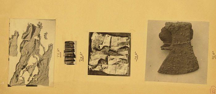 Топор и фрагменты тканей, обнаруженные в районе Ганиной Ямы в 1919 году. Фототаблица из следственного дела Н.А. Соколова