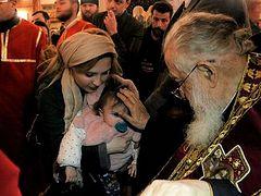 Patriarch Ilia baptizes another 600+ Godchildren