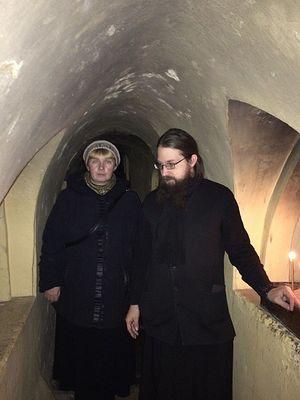 Отец Леоний рассказывает о пещерах