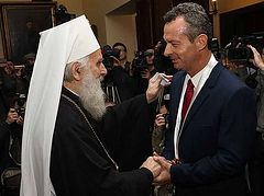 Serbian Church awards Greek naval officer for refusing to participate in bombing of Yugoslavia
