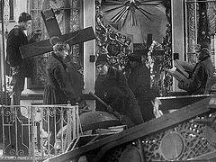«Церкви была объявлена война»