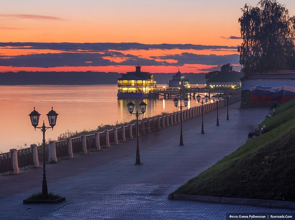 Προκυμαία του ποταμού Βόλγα