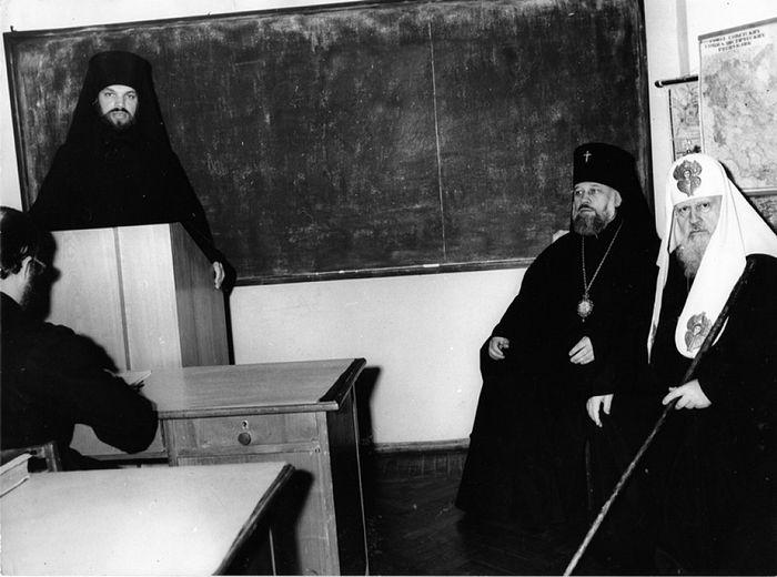 Отец Алексий (Фролов) за кафедрой в Московской духовной академии