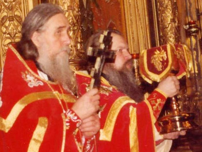 Архимандрит Иннокентий (Просвирнин) и владыка Алексий (Фролов)