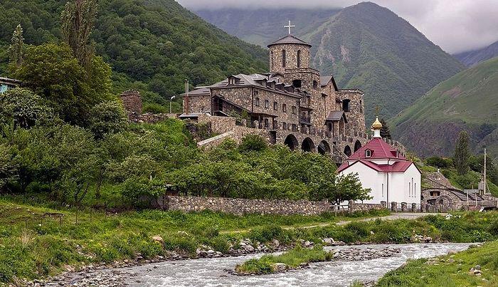 Аланский Свято-Успенский монастырь