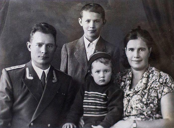 Семья Чикиных. Ок. 1958 г.