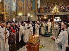 Святейший Патриарх Кирилл совершил панихиду по жертвам пожара в ТЦ «Зимняя вишня»