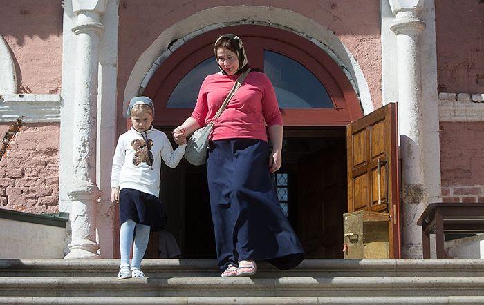 Прихожане Донского монастыря Москвы. Фото: Юлия Маковейчук
