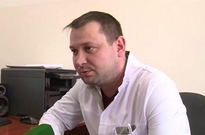 Врач Федор Напольников