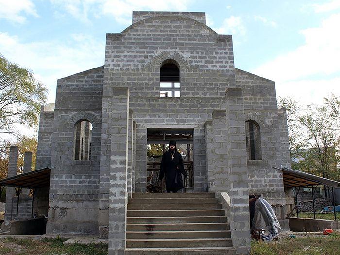 Троице-Несторовский храм, г. Луганск