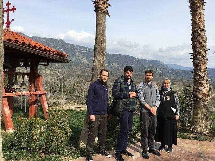 Русские иконописцы в греческом монастыре Калифорнии