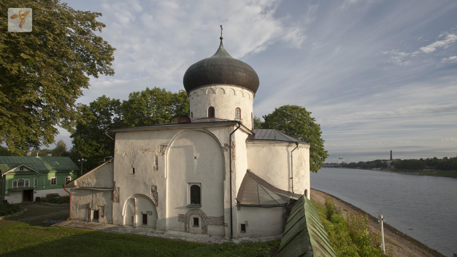 В Псковской митрополии