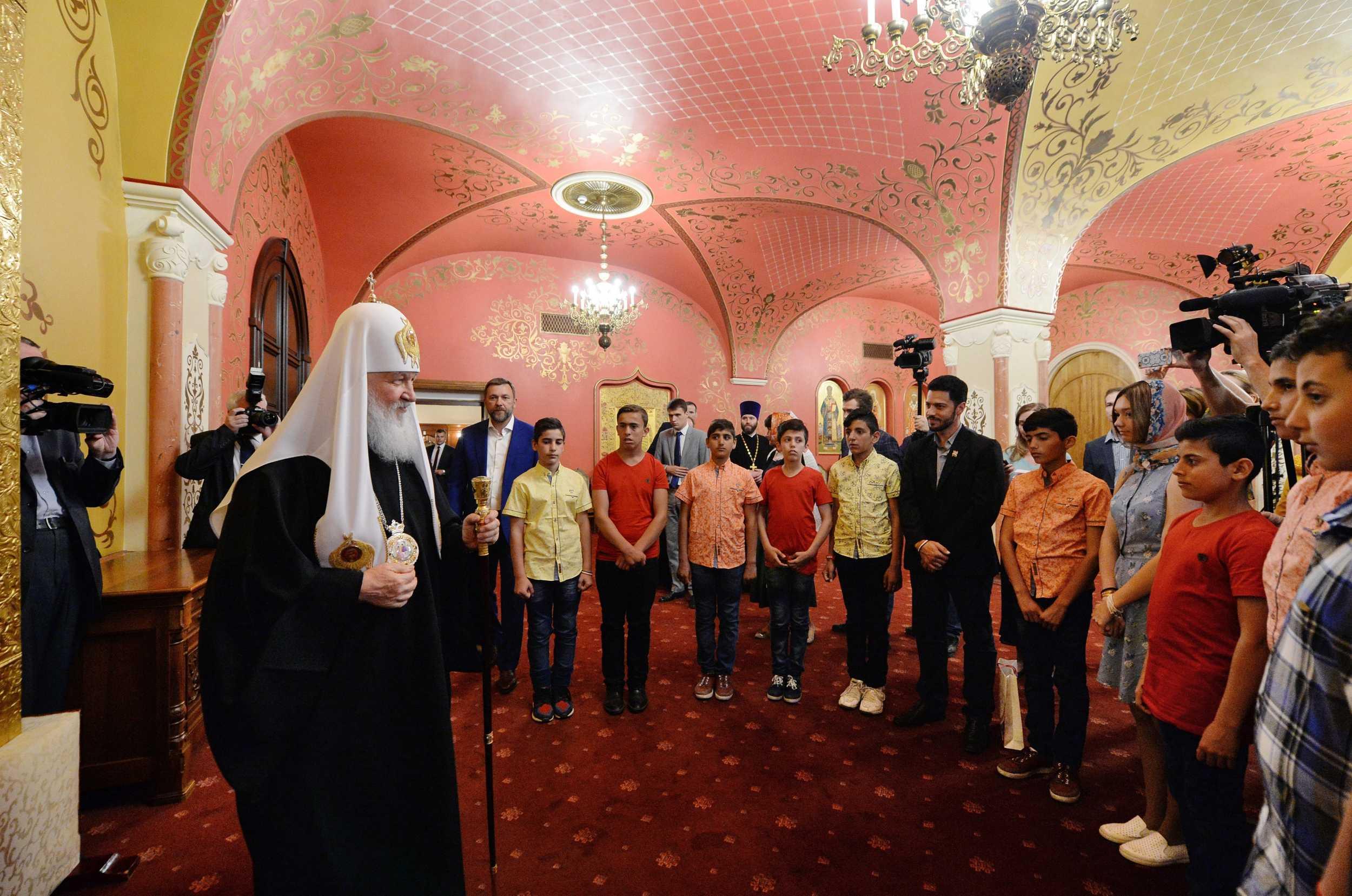 Святейший Патриарх Кирилл встретился с детьми погибших сирийских военных