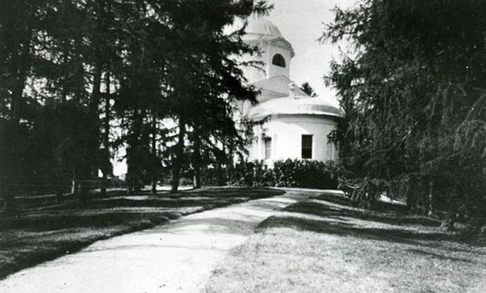 Церковь на старых фото. Фото Марина Климкова