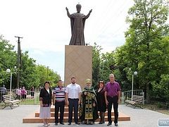 Monument to St. Nicholas replaces Lenin in Odessa Province