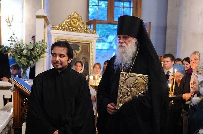 После присоединения к Православию в храме иконы Божией Матери «Всех скорбящих Радость» на Большой Ордынке
