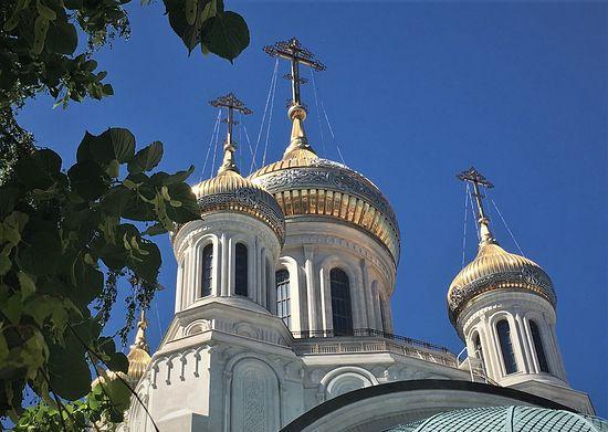 Храм Воскресения Христова и Новомучеников и Исповедников Церкви Русской. Сретенский монастырь