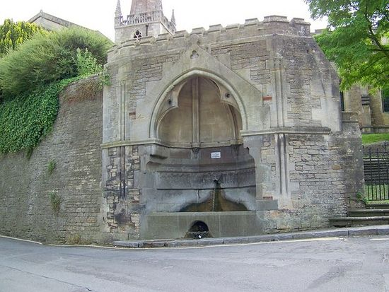 St. Aldhelm's well in Frome, Somerset (photo by Maigheach-gheal from Geograph.org.uk)