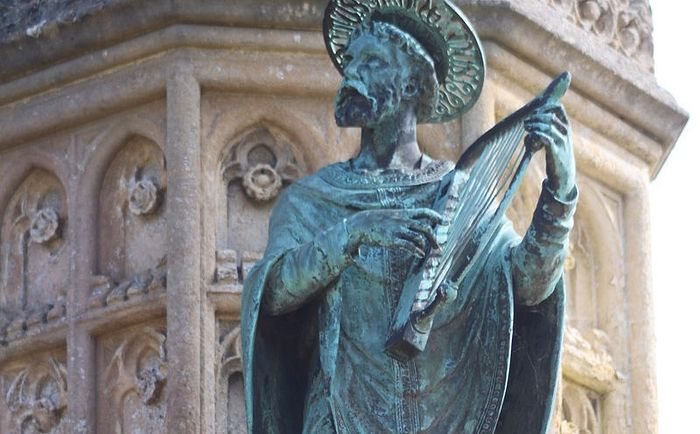 Sherborne Abbey's close, St. Aldhelm's statue - Digby Memorial, Dorset (kindly provided by the Sherborne Abbey)