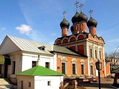 Считавшийся утерянным иконостас Высоко-Петровского монастыря найден в музее «Коломенское»