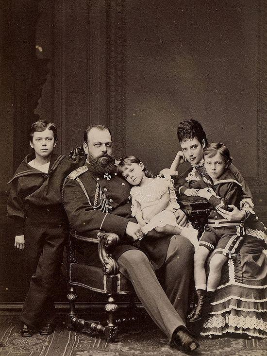 Tsar Alexander III with Maria Feodorovna and children