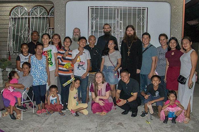 Библейские вечера в г. Давао. Фото инока Макария (Семенюка)