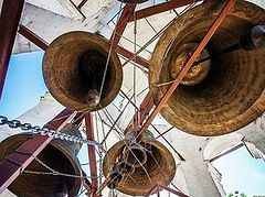 Moscow monastery using church bells to draw international soccer fans