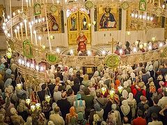 Ночная литургия в день памяти Царственных страстотерпцев