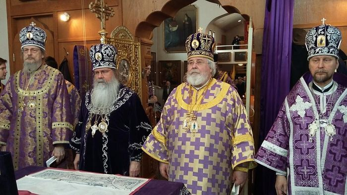 Abp. Leo of Finland and Met. Tikhon of America and Canada concelebrating at New Valaam Monastery in Finland in 2016. Photo: ort.fi