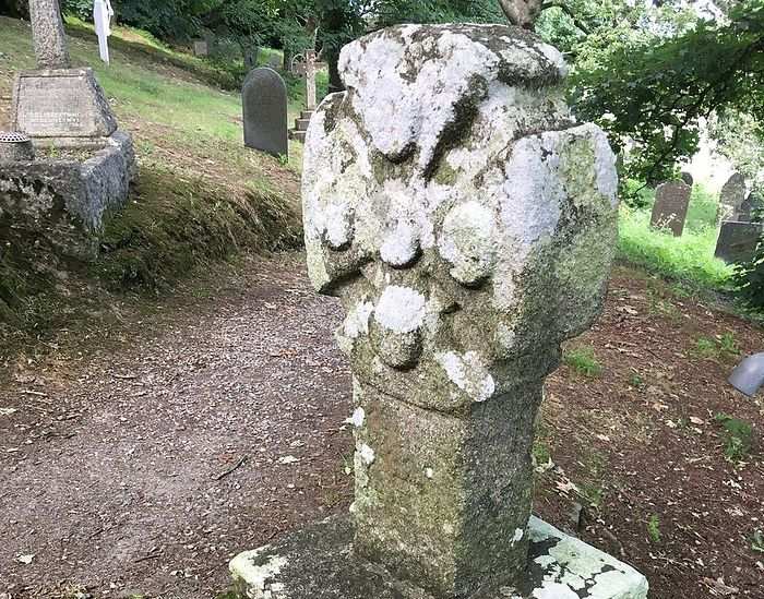 The Celtic cross head in the churchyard of Morwenstow church, Cornwall (kindly provided by the churchwarden of Morwenstow parish)