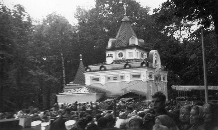 Празднования в Ленинграде, часовня Св. блаж. Ксении